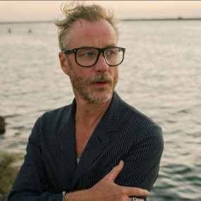 Matt-Berninger-One-More-second-Video