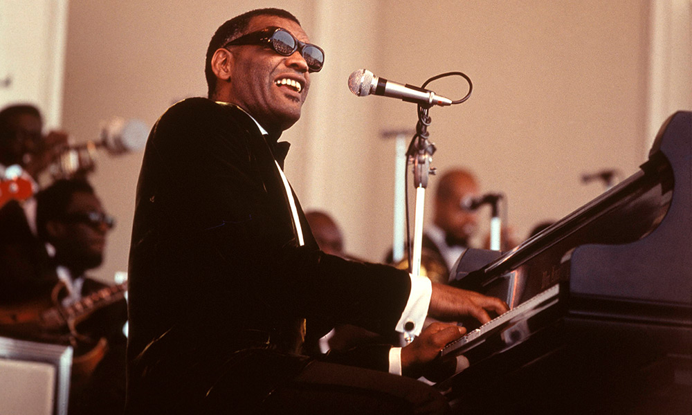 Ray Charles photo by David Redfern and Redferns