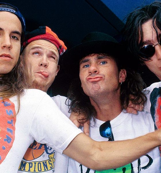 Red Hot Chili Peppers photo by Michel Linssen/Redferns