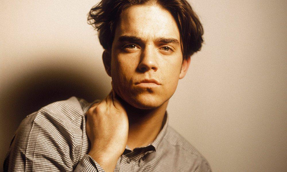 Robbie Williams photo by Michel Linssen/Redferns