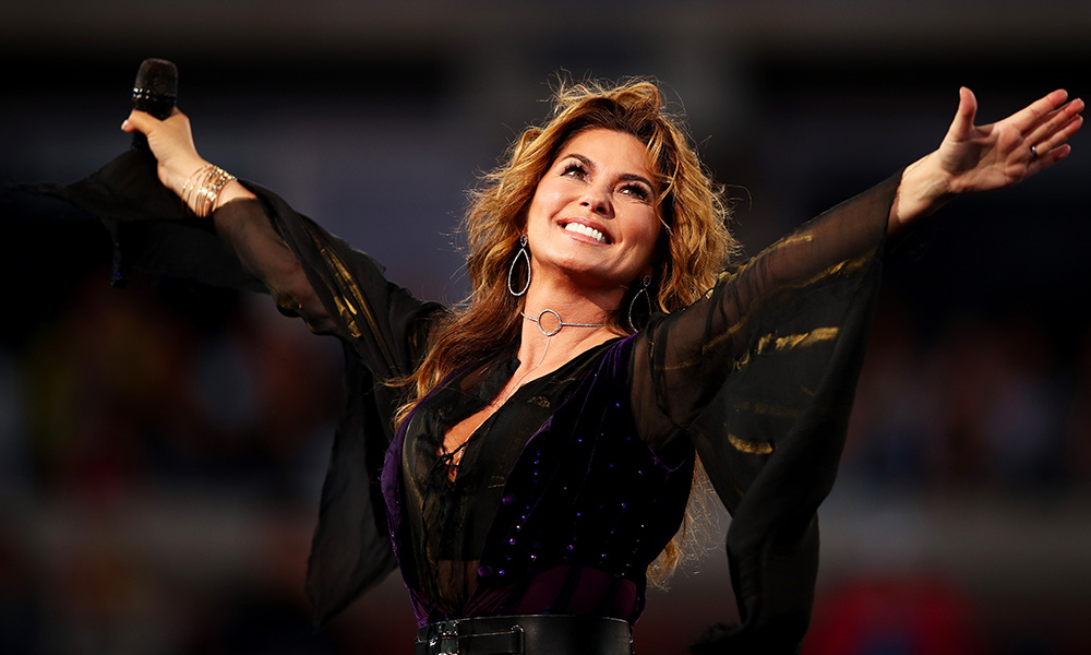 Shania Twain photo by Clive Brunskill and Getty Images