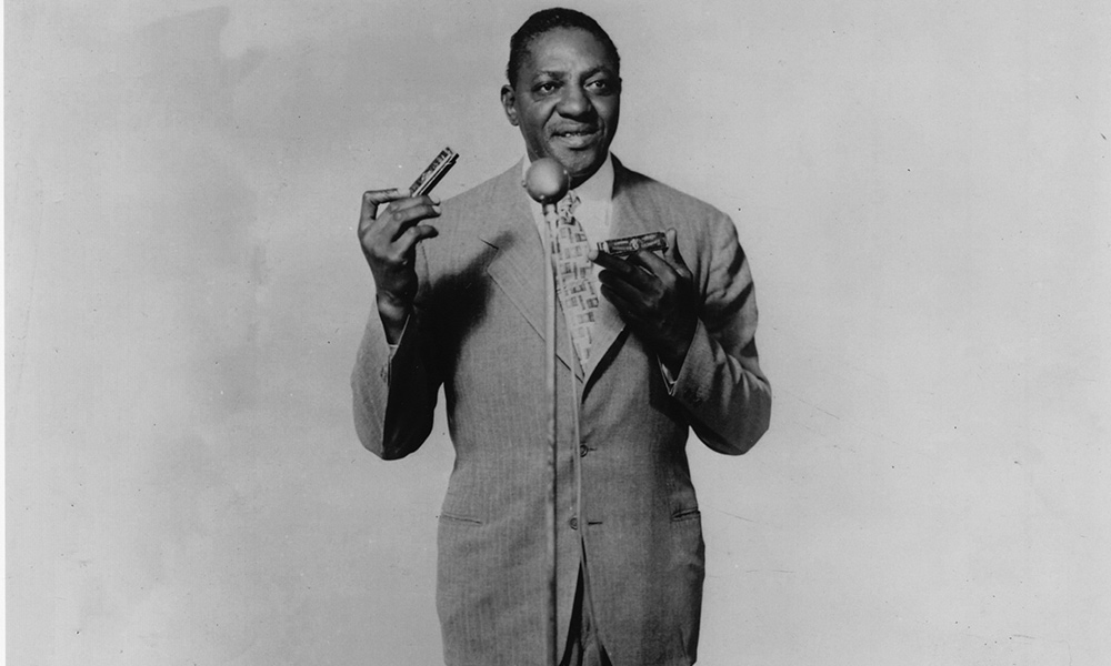 Sonny Boy Williamson photo by Gilles Petard and Redferns