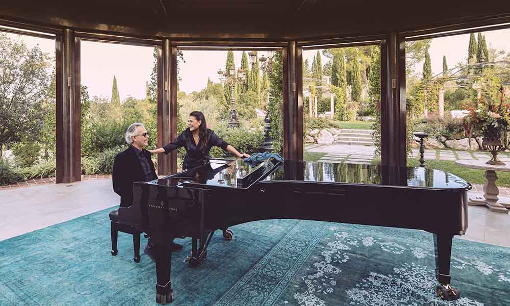 Andrea Bocelli and Cecilia Bartoli Pianissimo duet photo