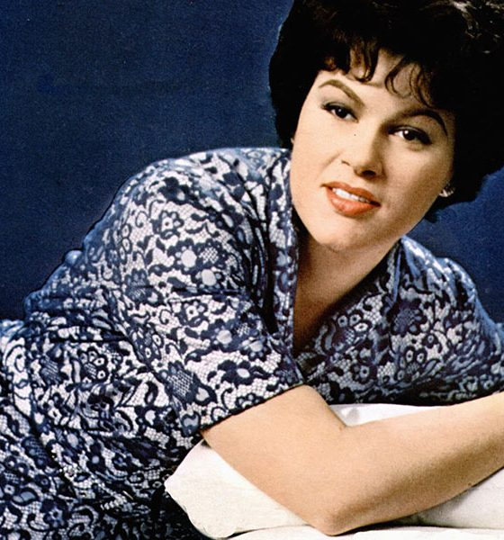 Patsy Cline photo by GAB Archive and Redferns