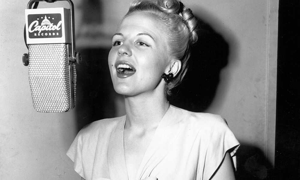 Peggy Lee photo by Michael Ochs Archives and Getty Images