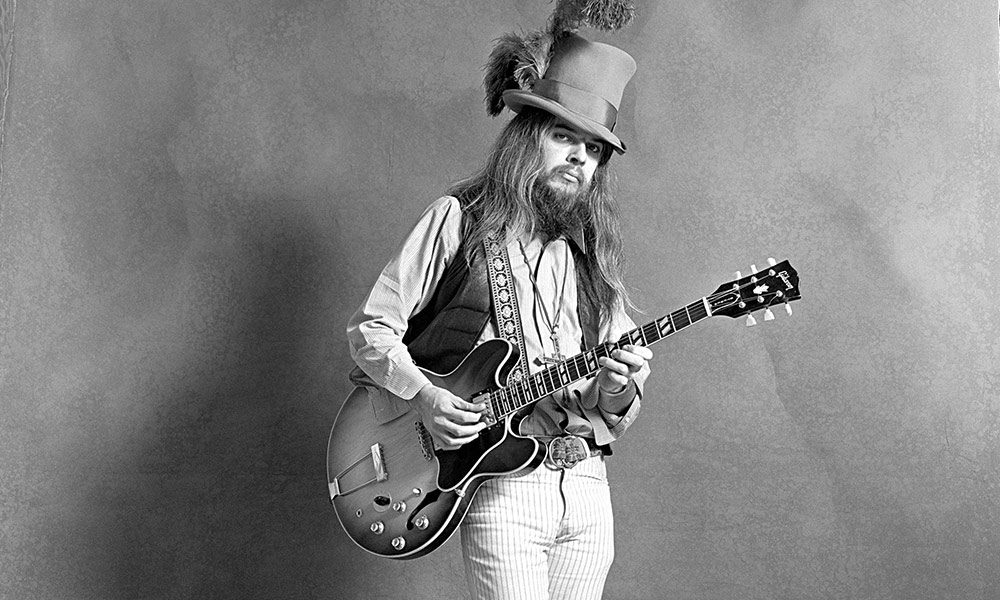 Leon Russell photo by Jim McCrary and Redferns