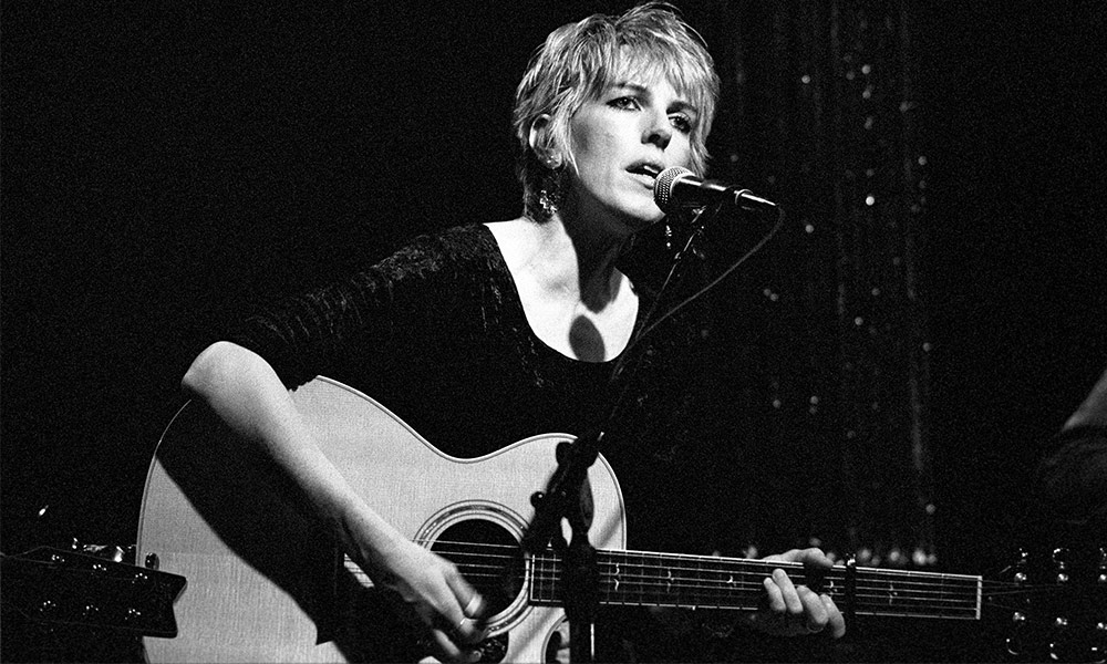Lucinda Williams photo by Ebet Roberts and Redferns