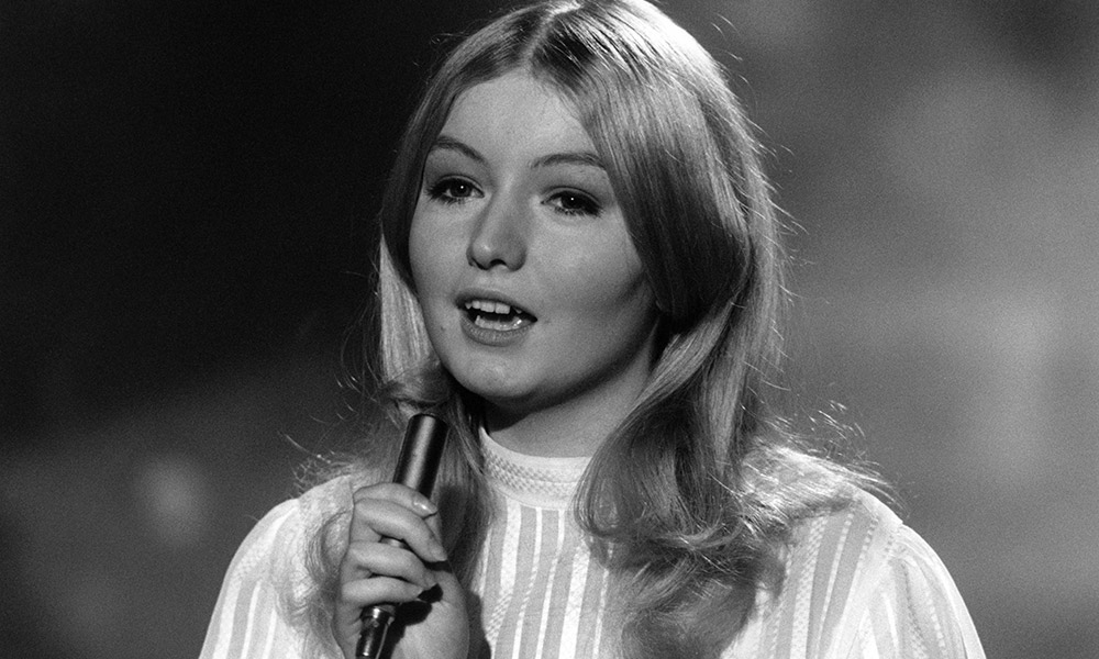 Mary Hopkin photo by Ivan Keeman and Redferns