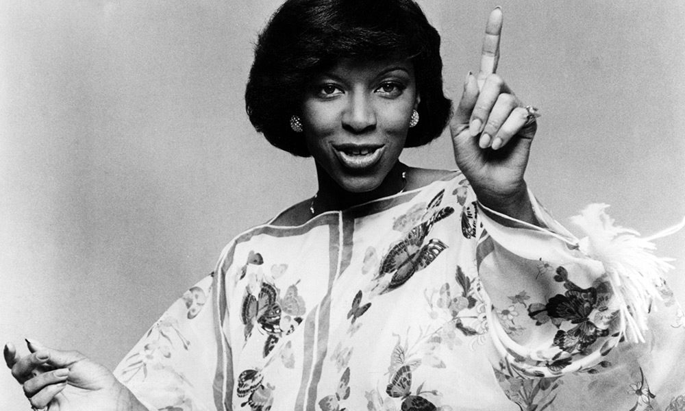 Natalie Cole photo by Echoes and Redferns