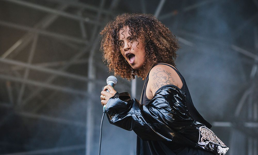 Neneh Cherry photo by Andrew Benge and Redferns