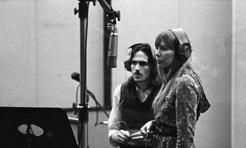 James Taylor GettyImages 85366858
