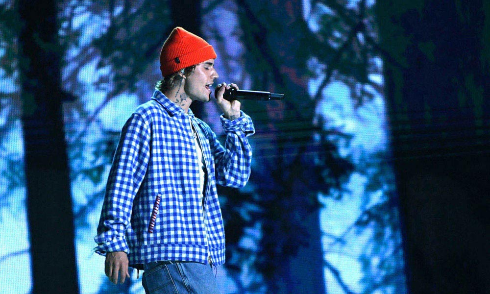 Justin-Bieber-NHS-Choir-UK-Christmas-No-1