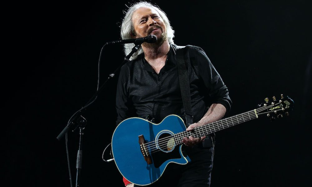 Barry Gibb GettyImages 160953136