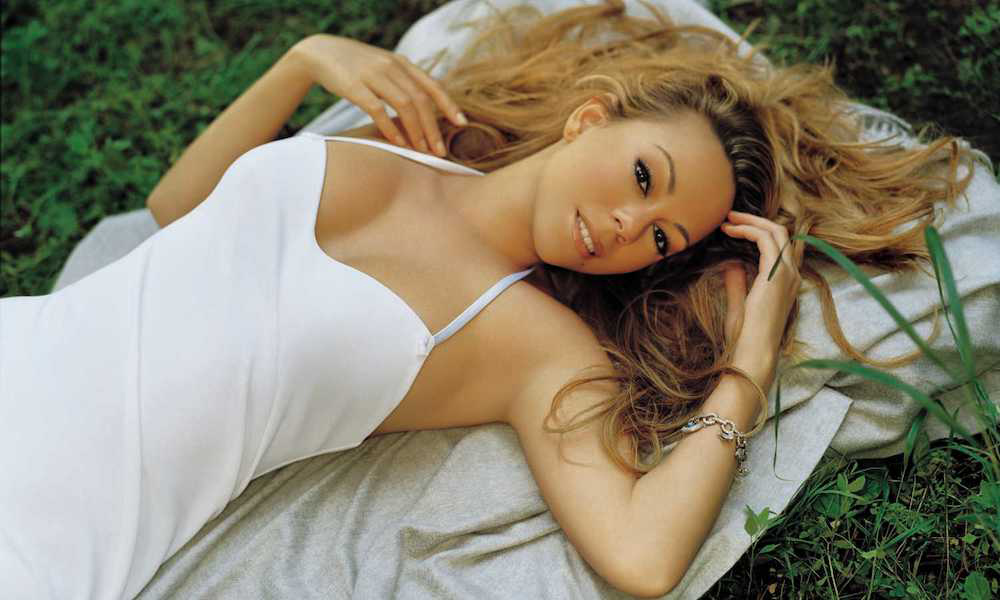 Mariah Carey Drops 'Charmbracelet' EPs For 30th Anniversary Celebration