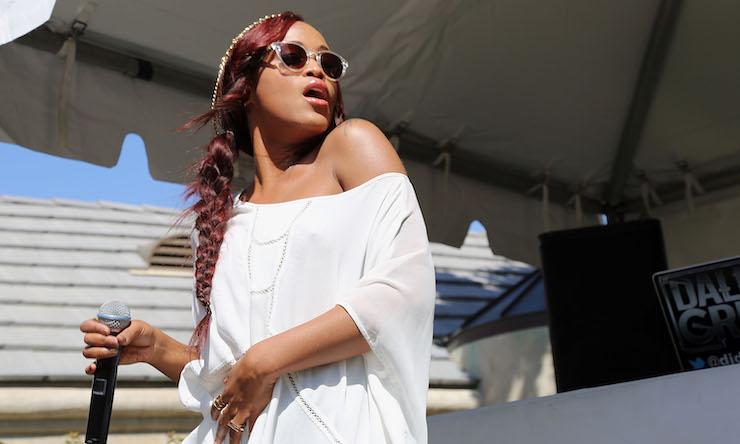 Rapper Eve Fashion Looks