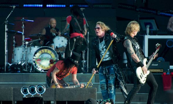 Guns-N-Roses-Foo-Fighters-BottleRock-Festival