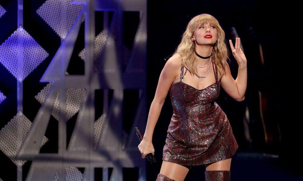Taylor-Swift-Global-Icon-BIRT-Awards-2021