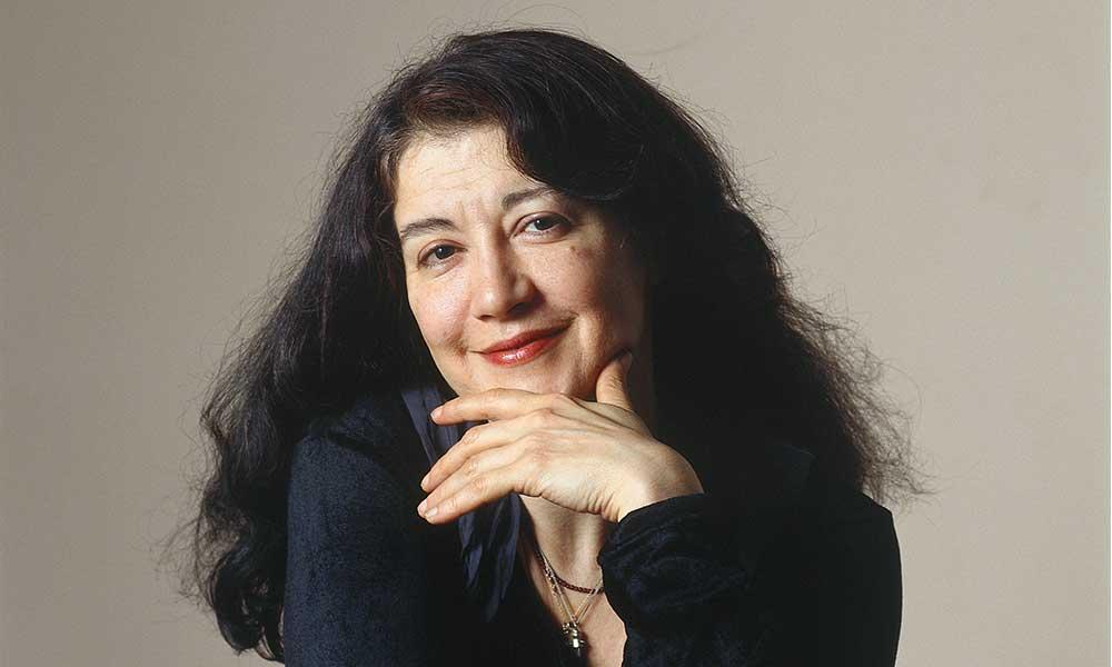 Photo of pianist Martha Argerich