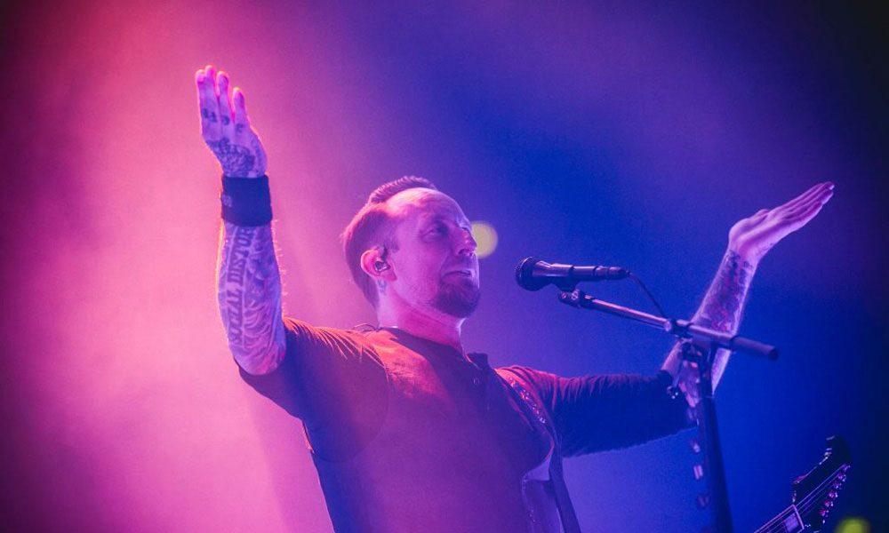 Volbeat-Metallica-Dont-Tread-On-Me