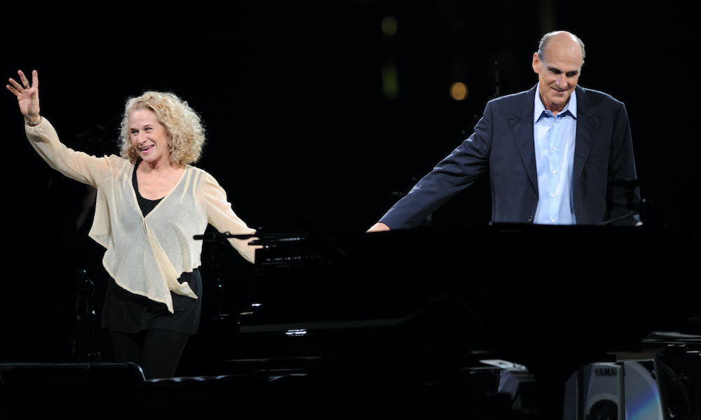 Carole King James Taylor GettyImages 101653427