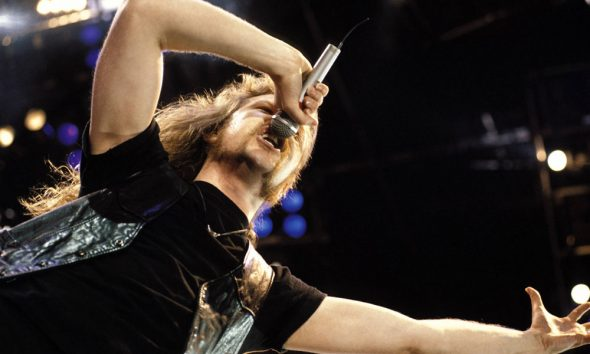 Metallica-Nothing-Else-Matters-Video-Billion-YouTube