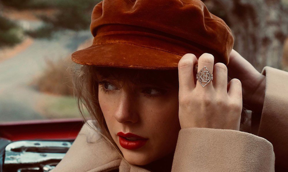 Taylor-Swift-Red-(Taylor's-Version)-Album-Cover