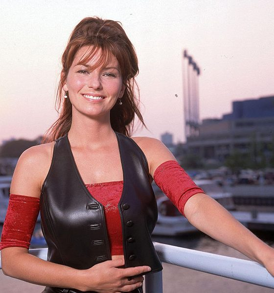 Shania Twain, one of the biggest 90s country stars