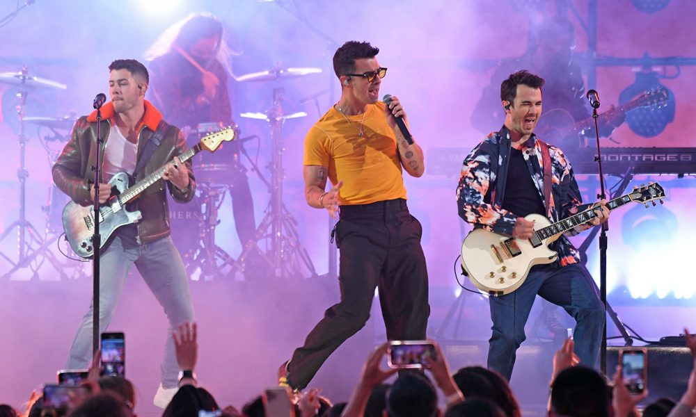 Jonas Brothers photo: Kevin Mazur/Getty Images