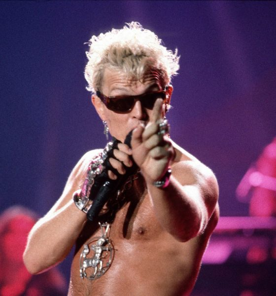 Billy-Idol-Corey-Taylor-Sex-Pistols-Live-Charity