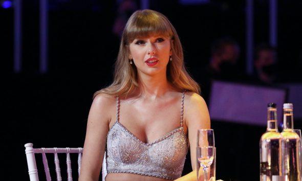 Taylor Swift Rock Hall - Photo: JMEnternational/JMEnternational for BRIT Awards/Getty Images